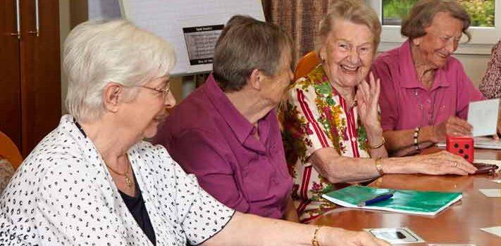 gedächtnistraining gemeinschaft geselligkeit seniorenresidenz